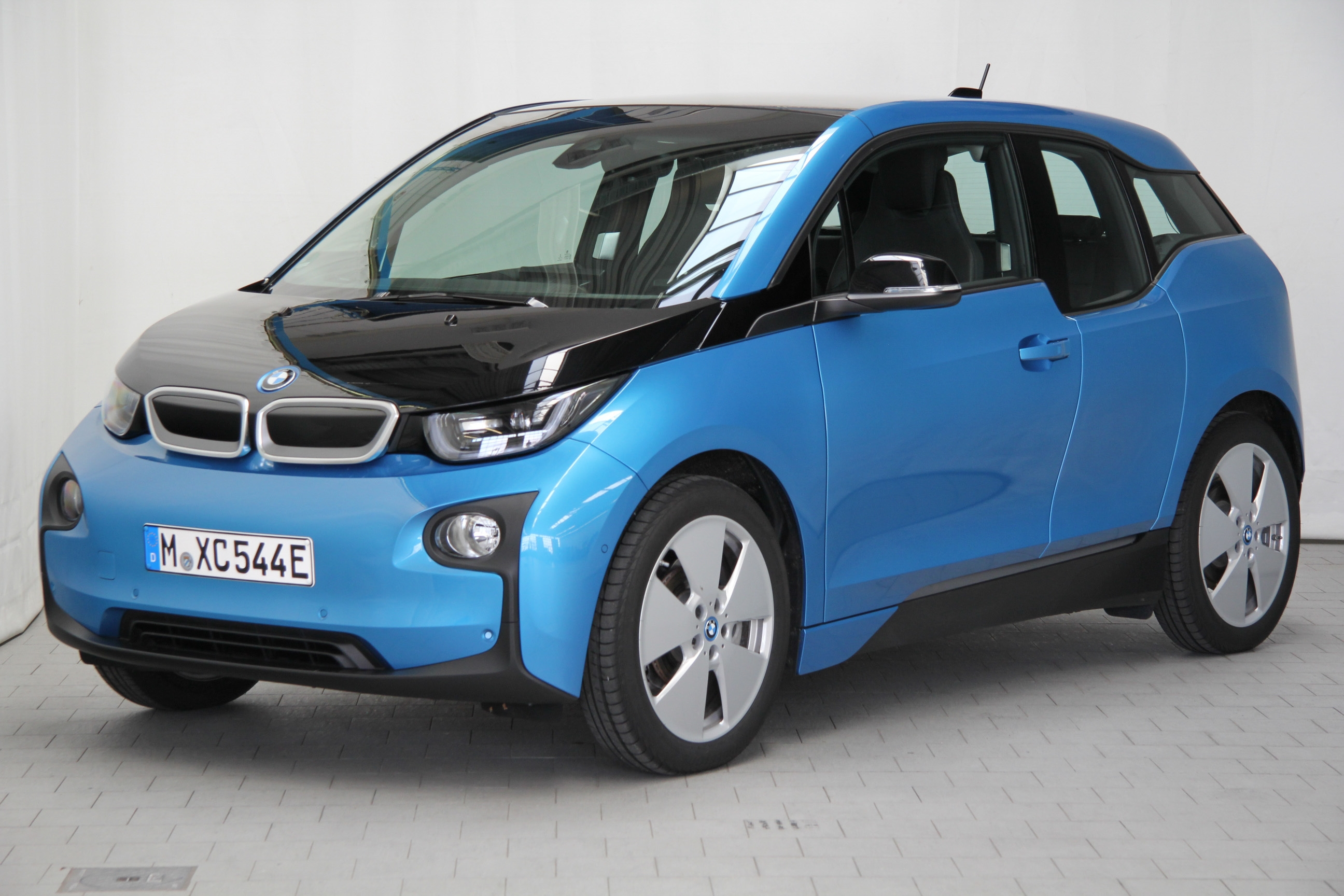bmw i3 test complet prix sp cifications. Black Bedroom Furniture Sets. Home Design Ideas